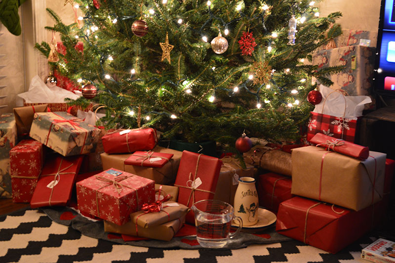 tree_gifts